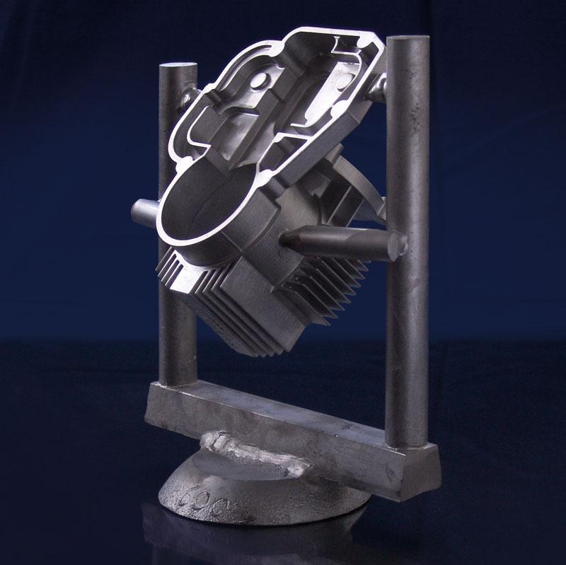 Guss Motorgehäuse in Aluminium Blue Power Gießanlagen VC-Serie